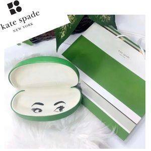 KATE SPADE NEW YORK Classic Sunglasses Case